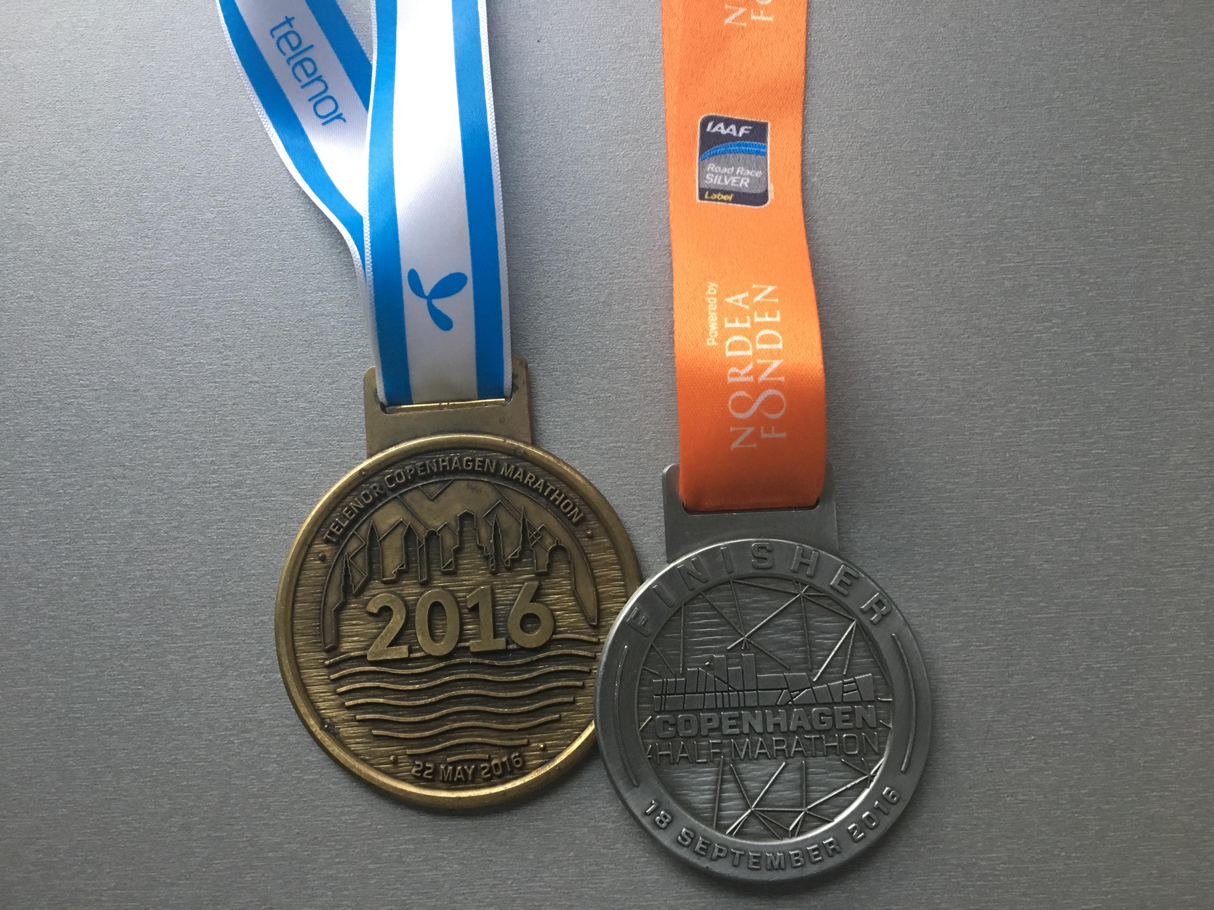 Finisher medaljer fra de 2 største løbebegivenheder i 2016.